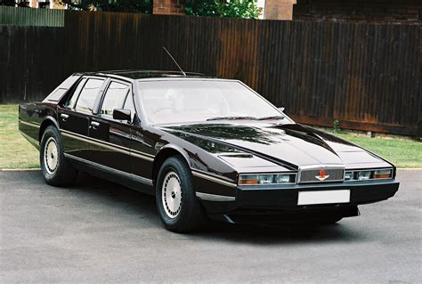 aston martin lagonda classics photo gallery autoblog