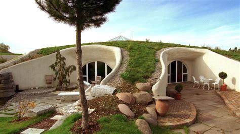 Erdhügelhäuser: Der Traum Vom Wohnen Unter Der Erde