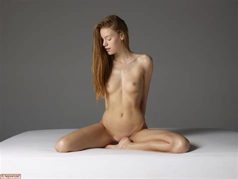 Emma In Emotional Nudes By Hegreart Photos Erotic