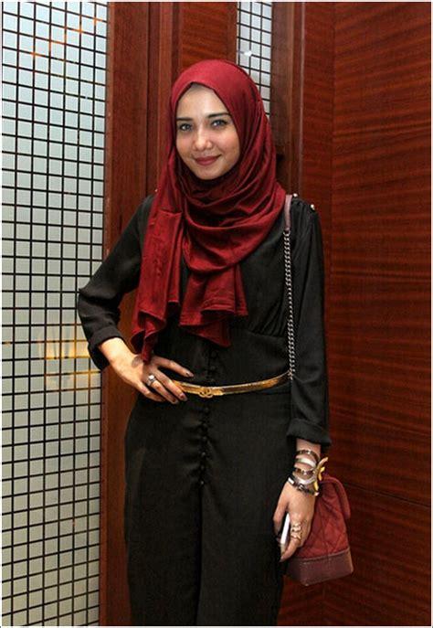 gaya hijab style ala zaskia sungkar  mudah berhijab