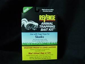 Skunk Bait Kit