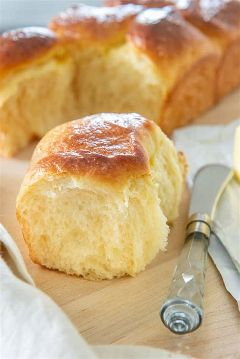 Brioche - Fluffy and Buttery French Bread Made from Scratch!