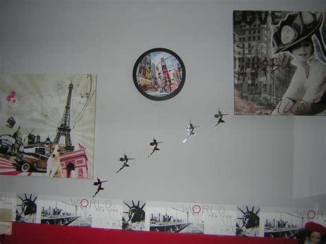tableau chambre fille ado chambre mauve et noir