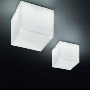 badezimmer deckenleuchten kubik wand und deckenleuchte quadratisch panzeri