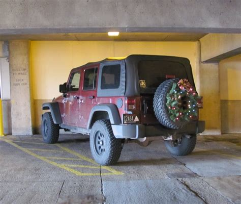 jeep christmas wreath wiring powering jk xmas wreath jk forum com the top