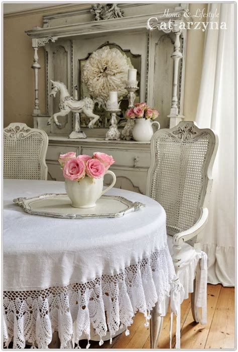 shabby chic table linens i would love love love to have this beautiful tablecloth for my dining table do it yourself