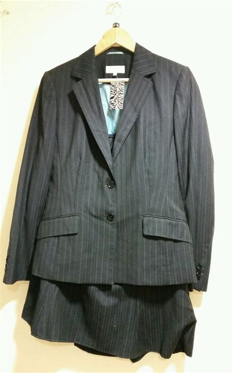 austin reed size  navy pinstripe skirt suit excellent