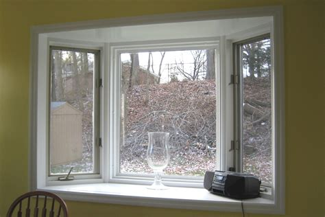 window treatments for small bay windows in bedrooms
