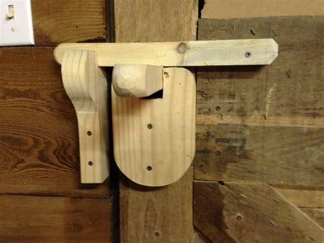 simple door latch stuff     wooden door