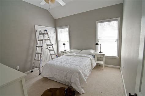 valspar woodlawn colonial gray master bedroom guest bathroom paint colors bedroom carpet