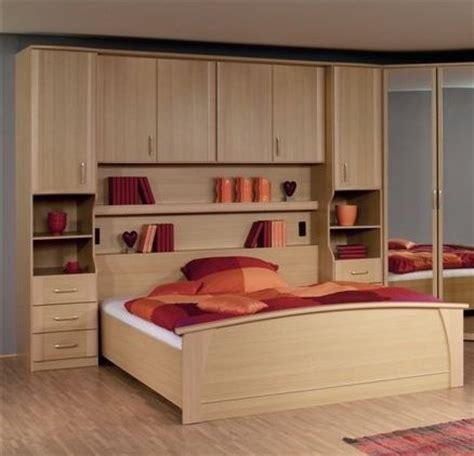 chambre à coucher pont de lit chambre pont chambre à coucher