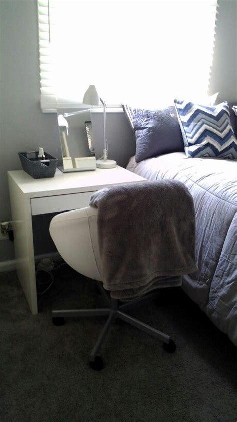vanity idea in my daughter s 9 x 11 small space bedroom