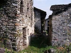 Comment Vendre Sur Ebay : un village italien vendre sur ebay pour euros ~ Gottalentnigeria.com Avis de Voitures