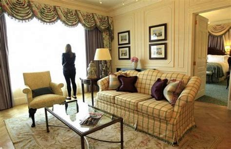 beautiful chic interior decorating ideas  classic style