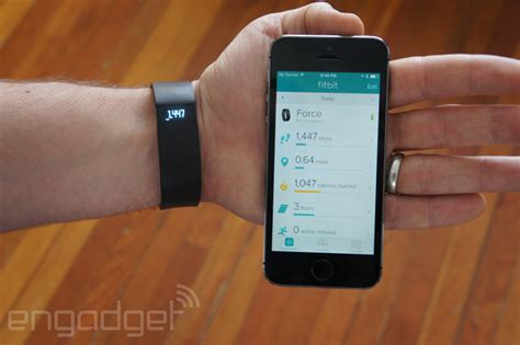 fitbit app for iphone fitbit app lets you track activity with just your iphone