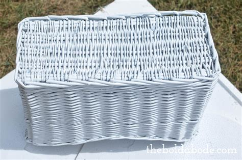 how to spray paint wicker baskets