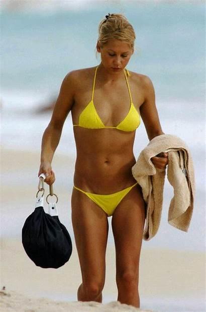 Anna Kournikova Bikini Sand Checking Nsfw Yellow