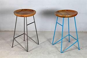 Barhocker Industrial Style : design barhocker louis light blue kombination aus metall und holz ~ Whattoseeinmadrid.com Haus und Dekorationen