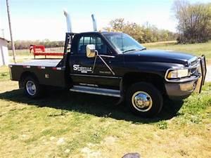 94 Dodge Ram 3500 4x4 Diesel 170 000 Mi  Flat Bed 5 Speed