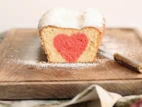 Valentinstag Kuchen In Herzform : kuchen mit herz backen ~ Eleganceandgraceweddings.com Haus und Dekorationen