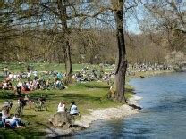 Englischer Garten Randalierer by Stadtb 228 Che Planschen Wo Es Pl 228 Tschert M 252 Nchen
