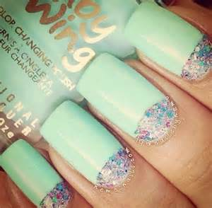 Mint Green Sparkly Nails