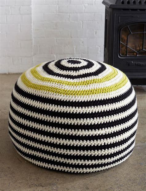 bernat graphic stripes pouf crochet pattern yarnspirations