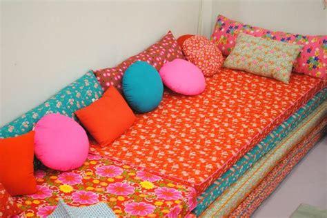 Poltrona Patchwork E-07 Colorido : 25+ Melhores Ideias De Travesseiro De Colchão No Pinterest
