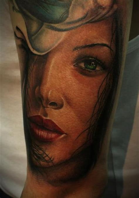 arm realistic women tattoo   face