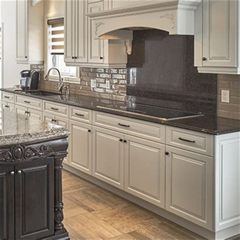 contoire de cuisine armoires cuisine bois massif cuisines beauregard
