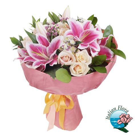 Gigli Fiori by Bouquet Di Roselline E Gigli Rosa