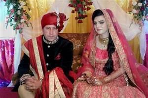 Cross-border love: Amid tensions, Kashmir policeman ...