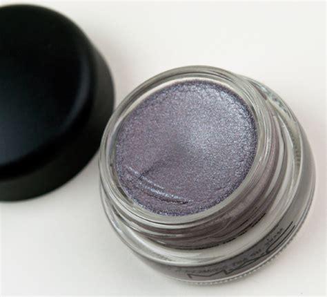 mac paint pot chilled on mac cham pale paint pots review photos swatches chilled on dangerous cuvee let me pop