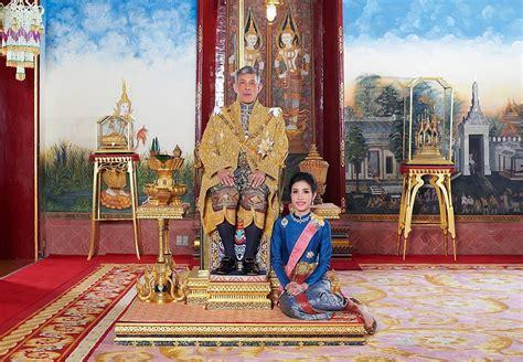 sineenat wongvajirapakdi  queen suthida