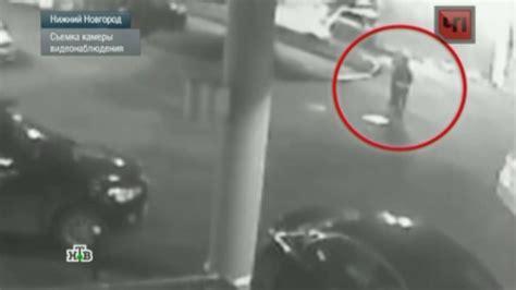 Жестокий серийный маньяк из Нижнего Новгорода попал на видео НТВ ru