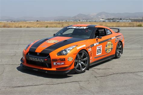 Video R35 Stillen Nissan Gtr Rally Prepped