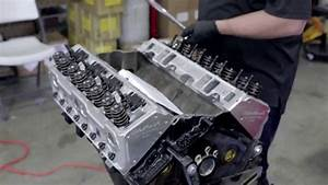 Small Block Chevy Engine Build  Cylinder Heads