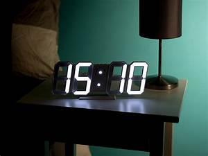 Led Uhr Wand : lunartec led uhr digitale jumbo led tisch wanduhr 3d wecker dimmbar 28 cm tischuhren ~ Whattoseeinmadrid.com Haus und Dekorationen