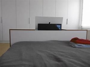 Lit Avec Tv Escamotable : bout de lit avec tv escamotable kiosque am nagement ~ Nature-et-papiers.com Idées de Décoration