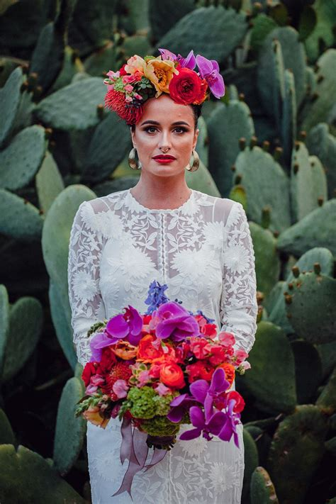 Pin By April Mason On Dia De Los Muertos Wedding Frida