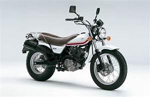 Moto Suzuki 125 : motos suzuki fotos imagui ~ Maxctalentgroup.com Avis de Voitures