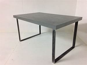 Pied De Table A Manger : pieds de table rectangulaires en acier plat pour table haute ou console ~ Teatrodelosmanantiales.com Idées de Décoration