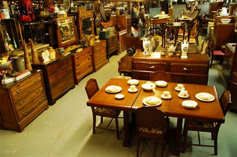 table de cuisine à vendre antiquit 233 s le g 233 ant antique