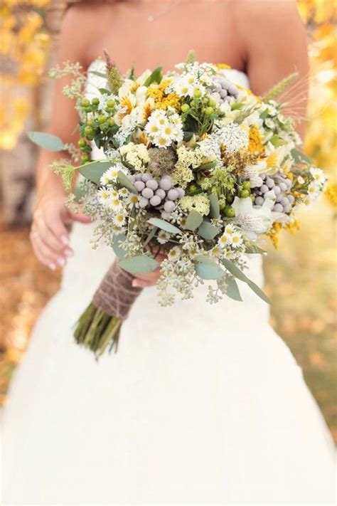 10 Real Wedding Bouquets To Get You Inspired Yellow