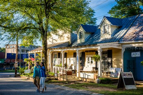 Guide to Juliette, Georgia: What to See & Where to Eat ...