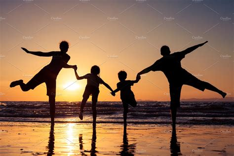 silhouette  happy family high quality people images