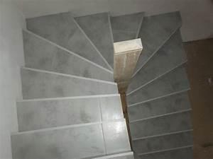 carrelage escalier quart tournant With carrelage adhesif salle de bain avec ruban led escalier