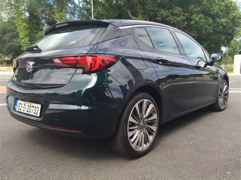 Opel Astra Review by Opel Astra Elite Review Carzone New Car Review