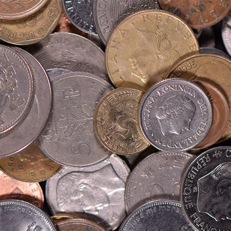 1 Pound of Mixed Foreign Coins • Liberty Coin