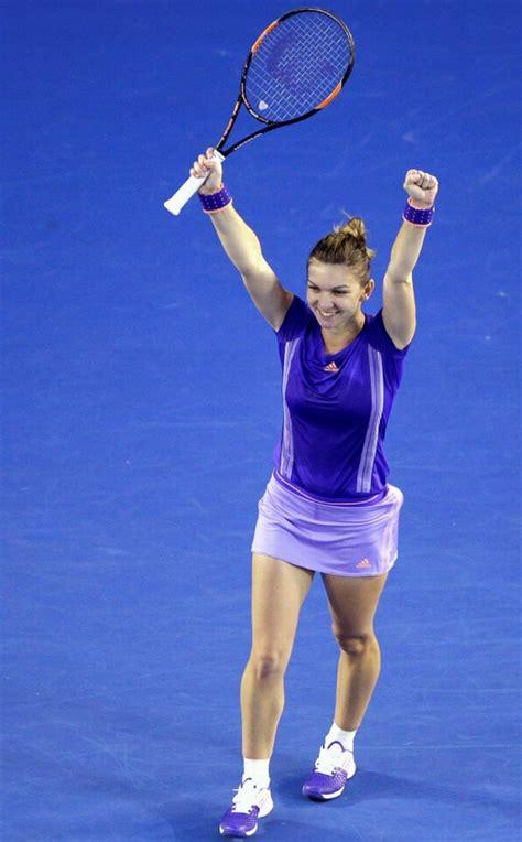 Australian Open 2018: Caroline Wozniacki beats Simona Halep | SI.com